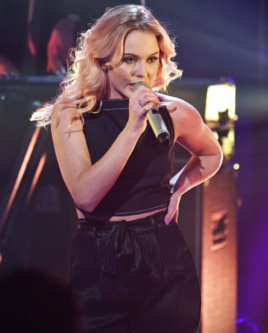 Zara Larsson singing